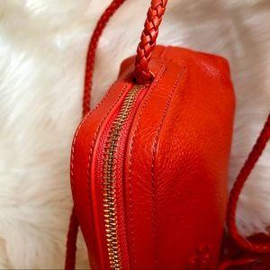 9d28fbf4c01770 Tory Burch Bags - Tory Burch Taylor Camera Bag